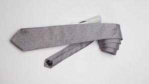 Krawatte mit e-Marke